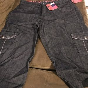 Women's cargo shorts BNWT